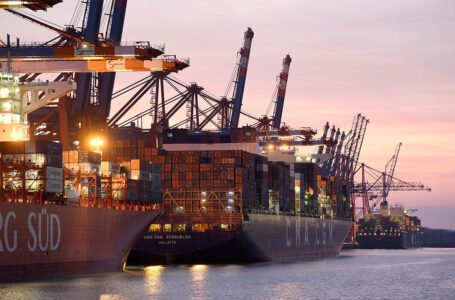 Container-ship traffic jam in Southeast Asia worst since April